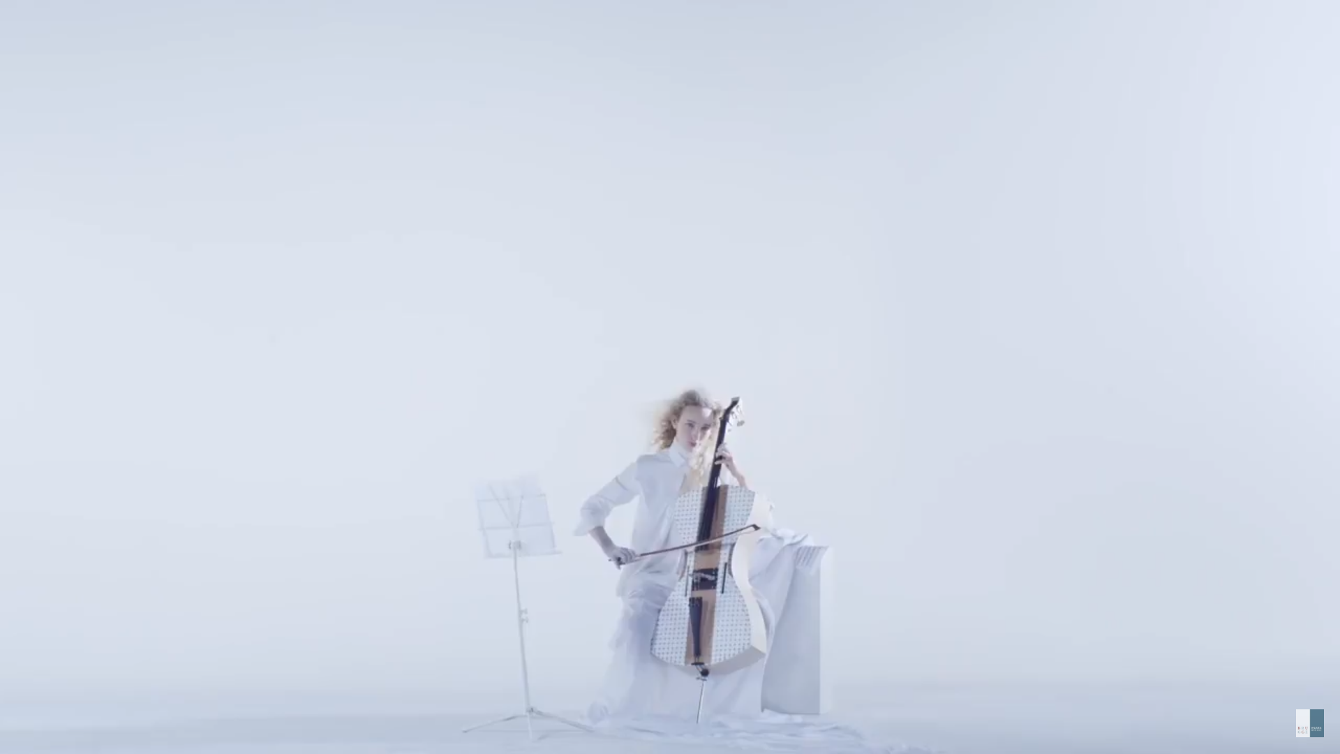 Styrofoam Cello by Tim Duerinck as featured in the  Experience our Flemish Masters video